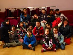 Fotografía en la que se pueden ver a distintos niños, participantes en nuestros programas especials